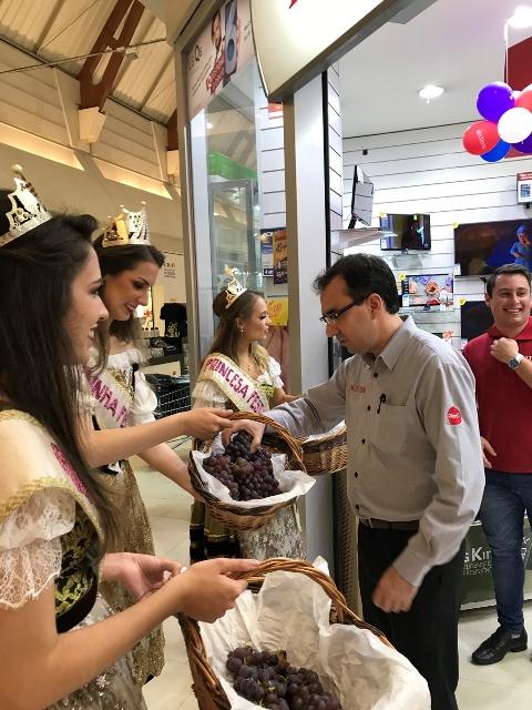 Soberanas divulgam Festa da Uva 2019 na cidade