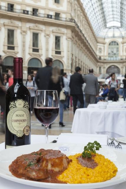 Pavilhão Nostra Itàlia conta com restaurante  de culinária contemporânea italiana