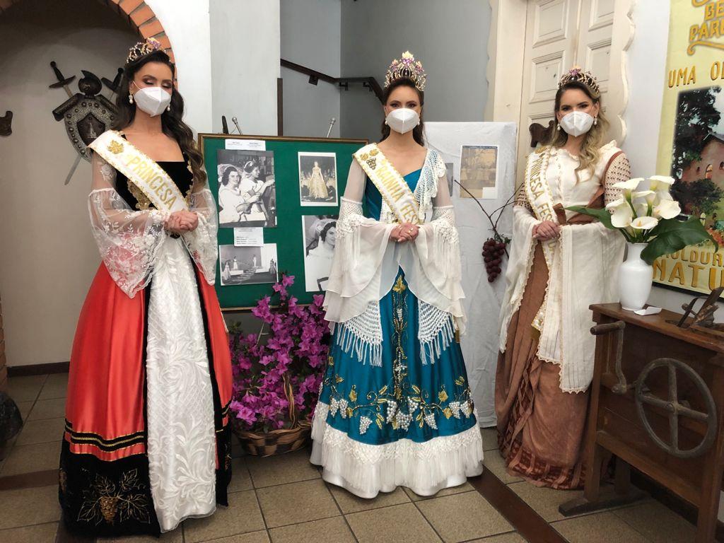 Rainha da Festa da Uva, Pricila Zanol, é apresentada oficialmente a Ana Rech