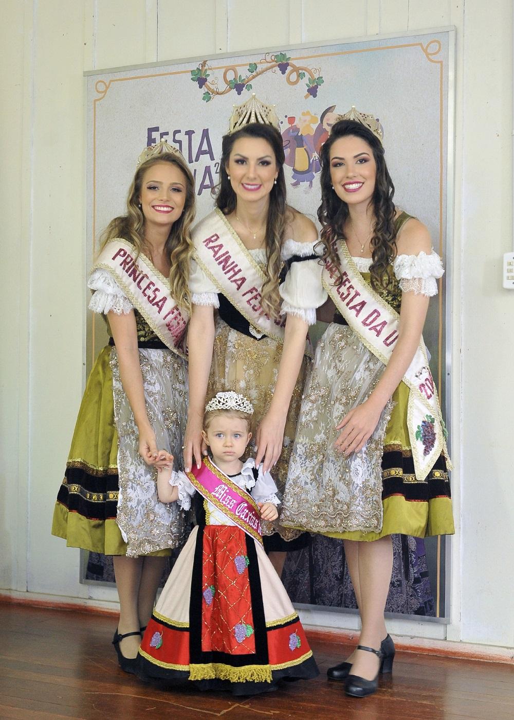 Vestido de Miss Caxias Baby é inspirado em modelo da rainha da Festa da Uva 2019