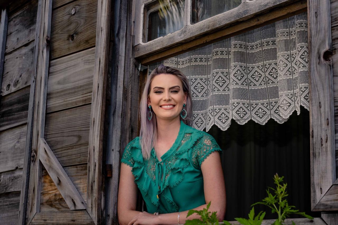 Candidata do Juventude desiste do concurso  da Festa da Uva